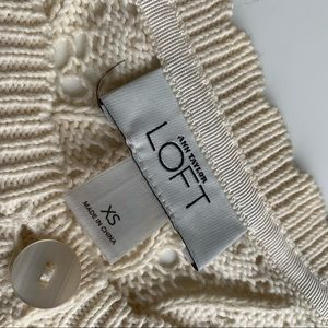 LOFT Sweaters - LOFT cardigan knit crop